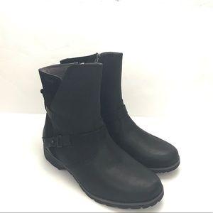 Teva De La Vina black low leather boots Size 7